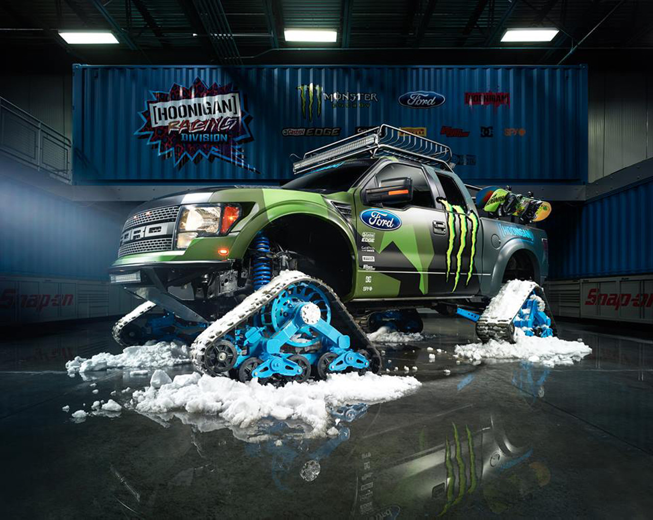 Ken-Block-Ford-Raptor-Trax