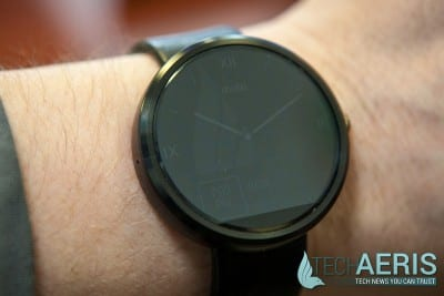 Motorola-Moto-360-Review-Ambient-Display-Mode
