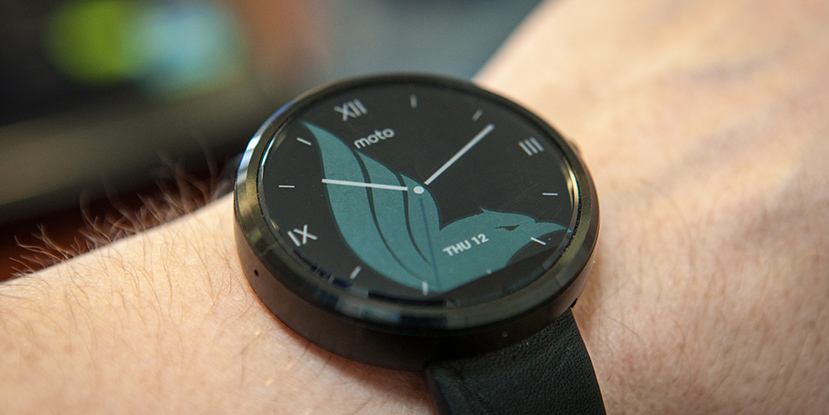 Motorola Moto 360 Review: Decent Looking First Gen Smartwatch