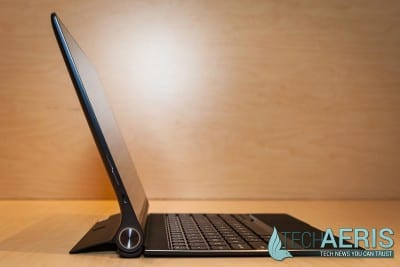 Lenovo-YOGA-Tablet-2-Review-Side-View-Keyboard