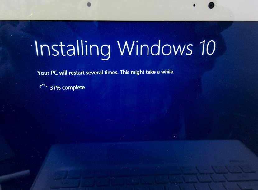 11-Windows-10-Installing-Windows