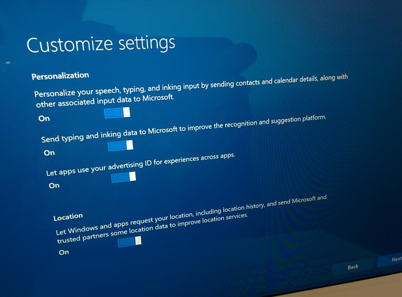 14-Windows-10-Customize-Settings-01