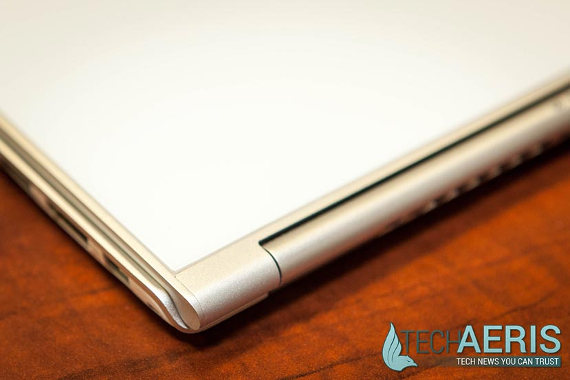 Acer-Aspire-S7-393-Review-004