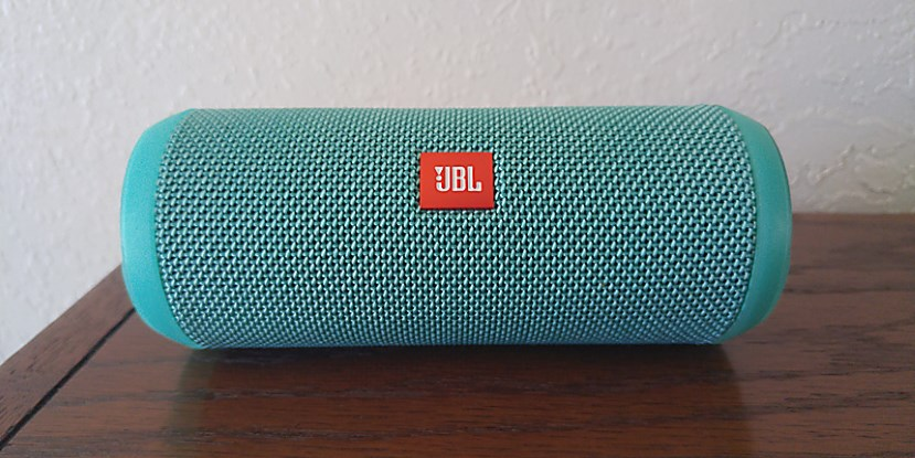 The JBL Flip 3 review: Big sound for a decent price