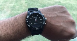 Martian Envoy G10 Review: A Smartwatch That Doesn't Distract