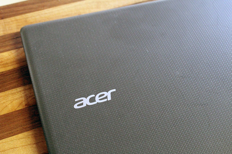 The Acer Cloudbook 14 dimples
