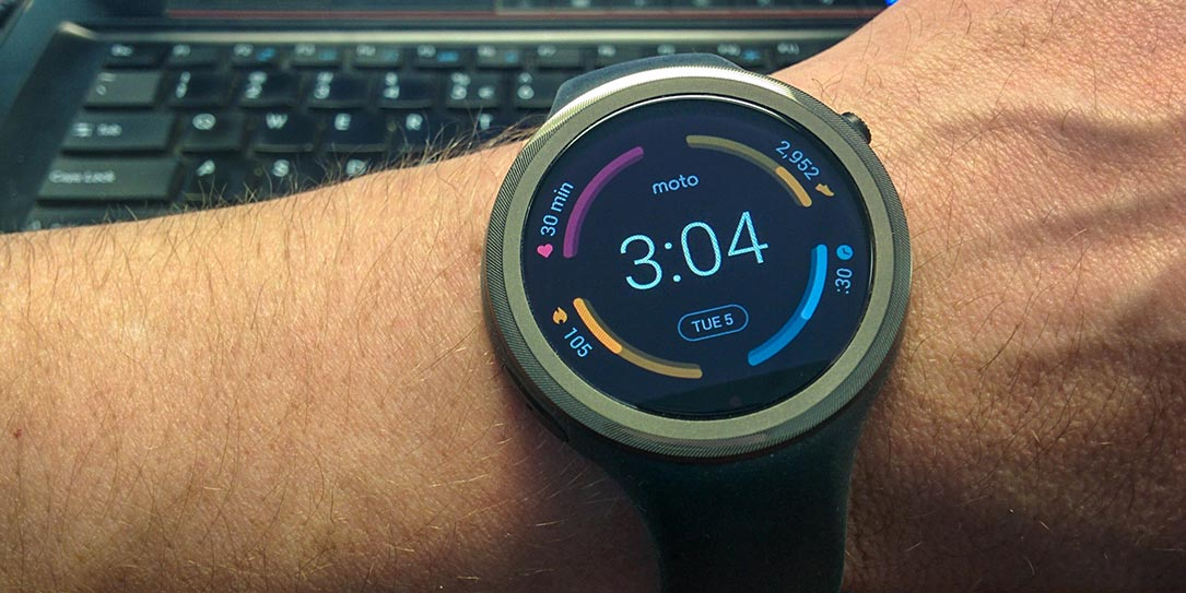 Moto 360 Sport Review: A Smartwatch For The Activity-Minded