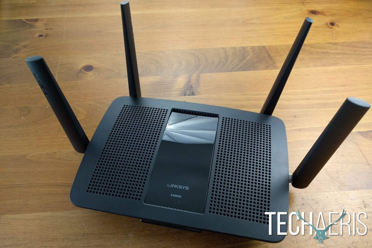 Linksys EA8500 Review Front w Antennae