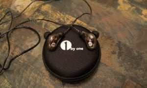 1byone-in-ear-FI