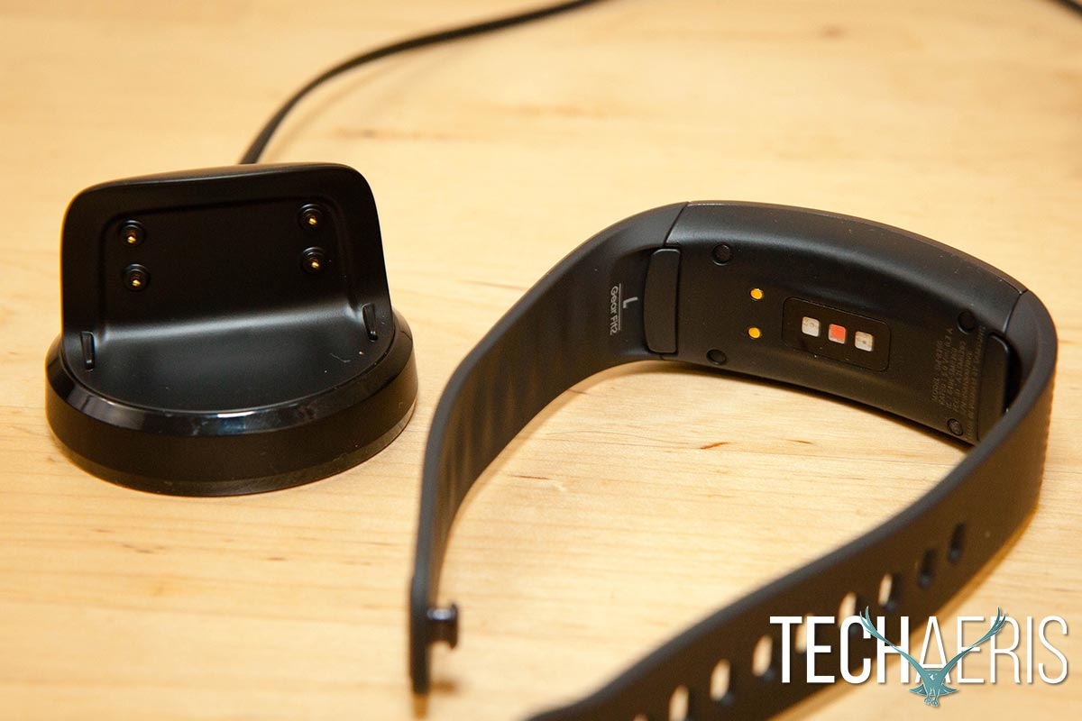 Samsung-Gear-Fit2-review-03