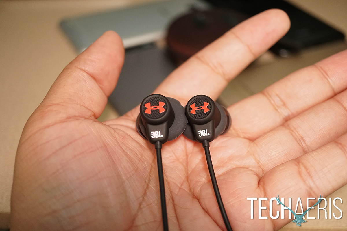 jbl under armour wireless headphones. ease of use. the jbl under armour sport wireless jbl headphones a