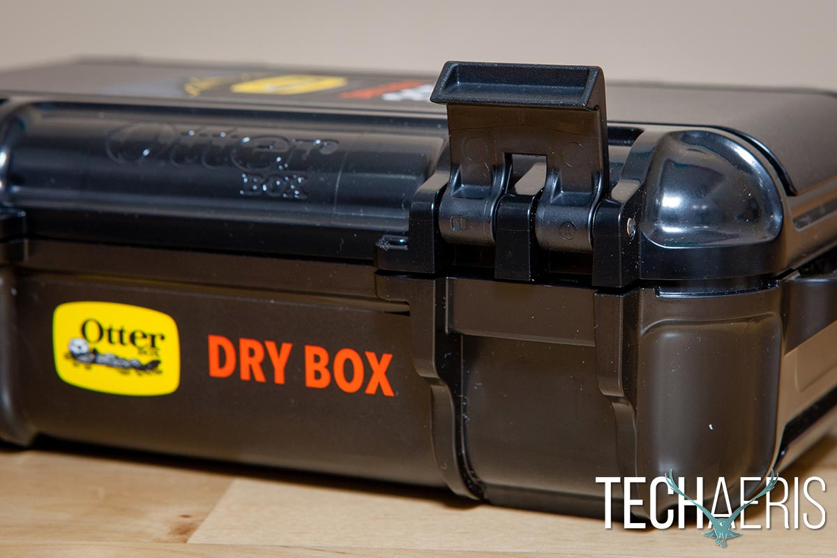 OtterBox-DryBox-3250-review-07