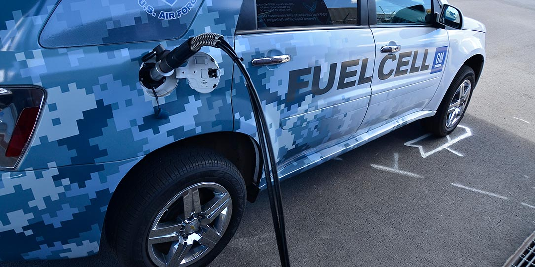us-navy-fuel-cell-car
