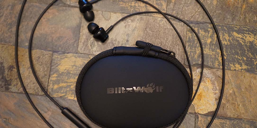 BlitzWolf-earphone-FI