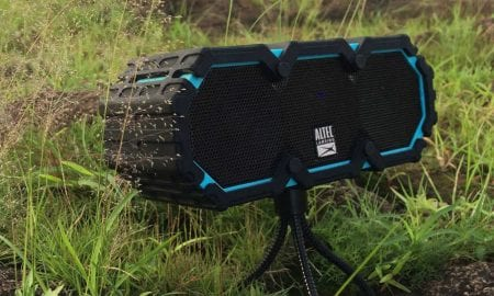 Altec-Lansing-Mini-Lifejacket-3