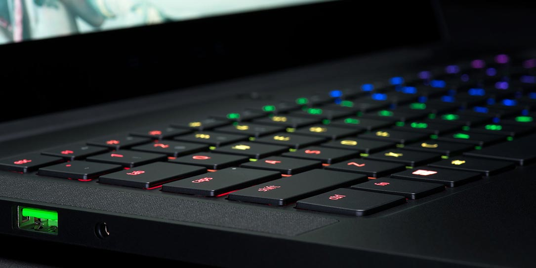 razer blade stealth  u0026 razer blade now shipping