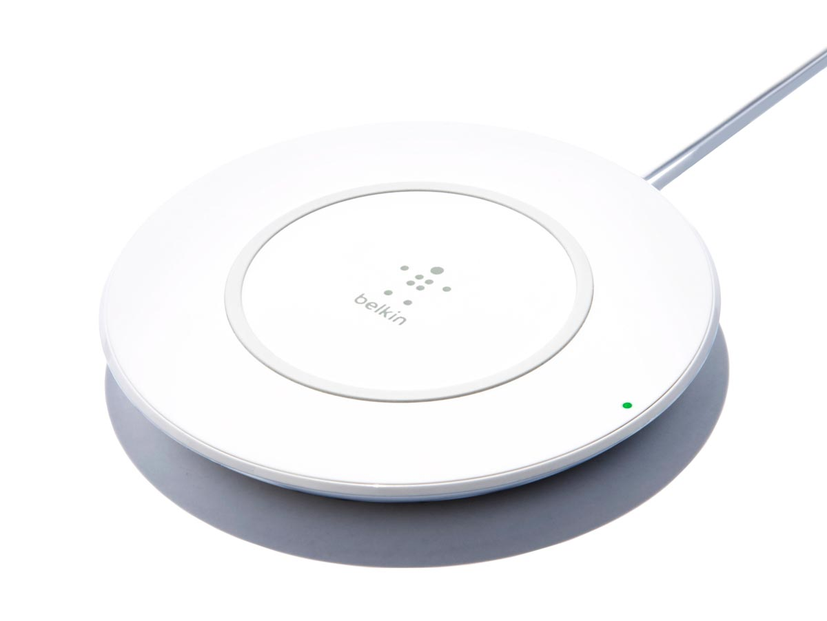 belkin-boost-up-wireless-charging-pad-iphone