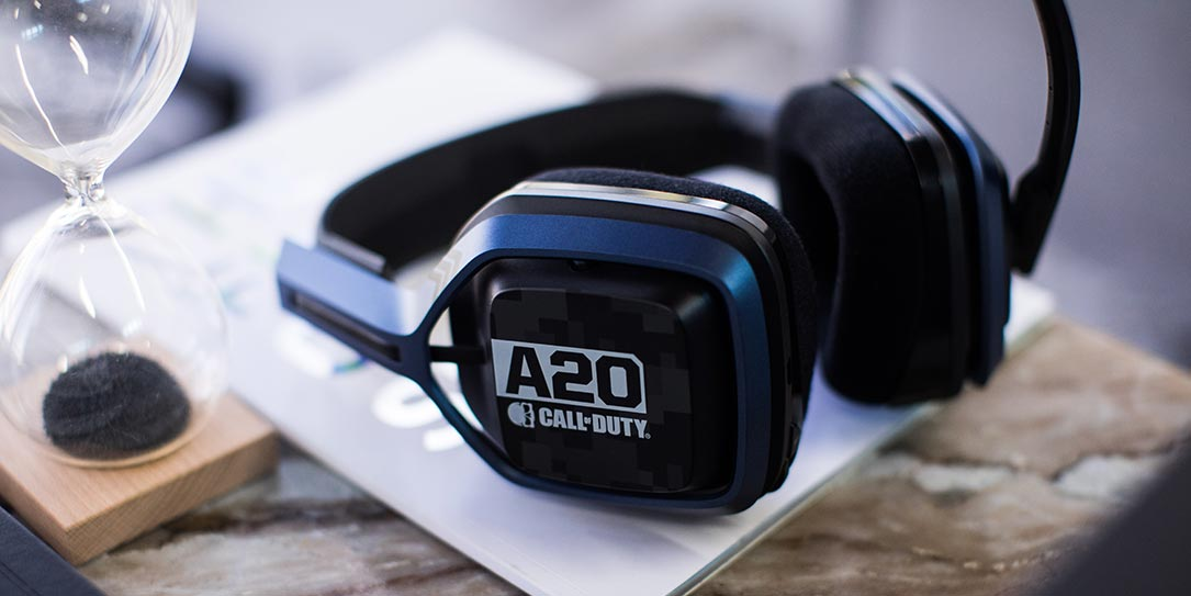 ASTRO-A20-Wireless-Headset-Call-of-Duty