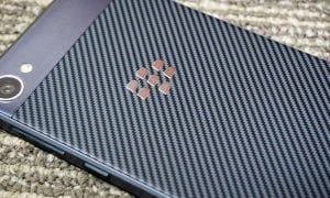 BlackBerry-Motion-review