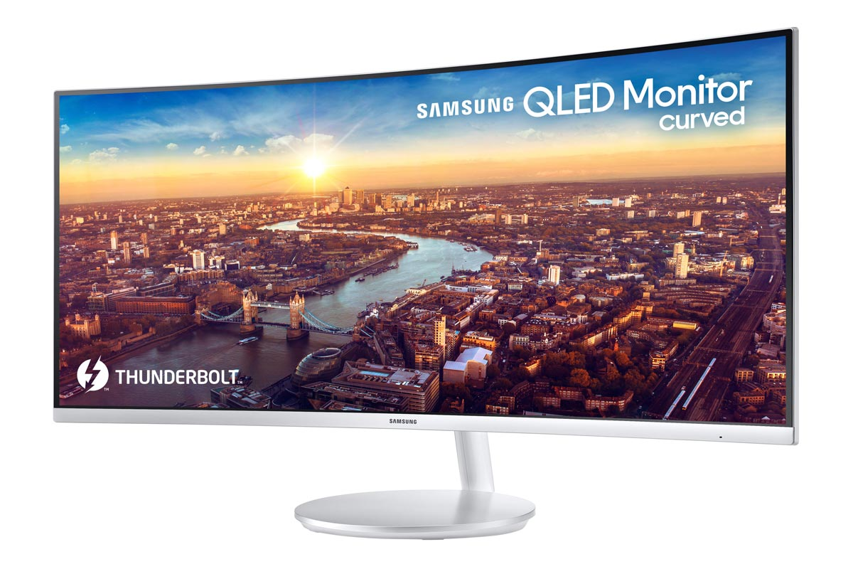 Samsung-Unveils-First-Thunderbolt-3-QLED-Curved-Monitor