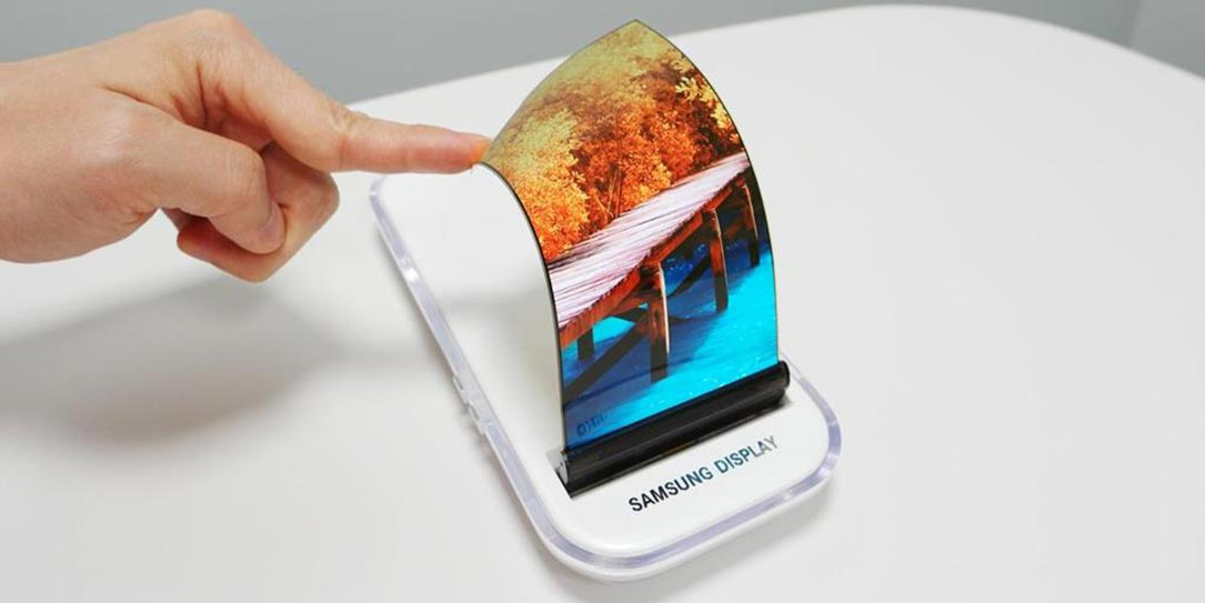 Samsung may have confirmed it will launch foldable OLED phones in 2018