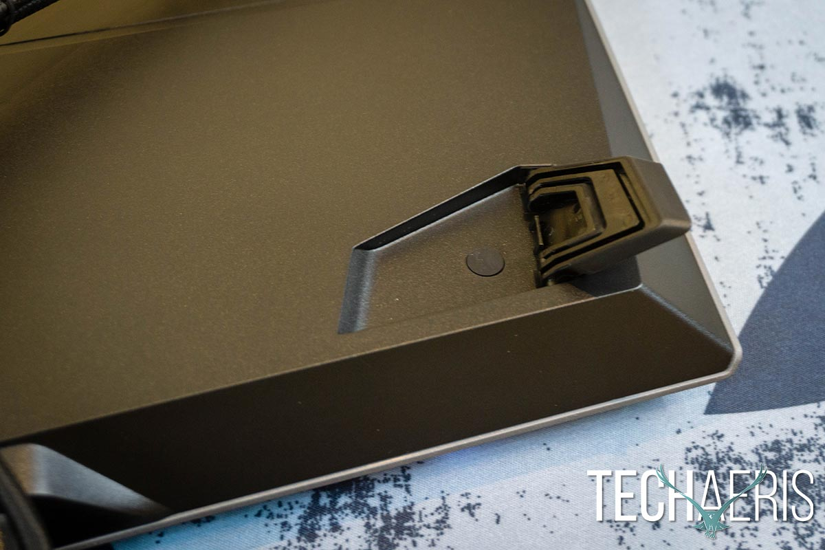Alienware-Pro-Gaming-Keyboard-review-04