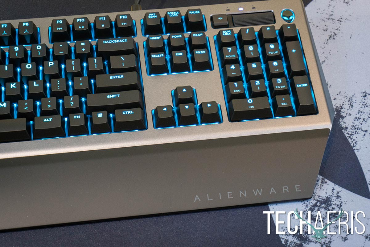 Alienware-Pro-Gaming-Keyboard-review-06
