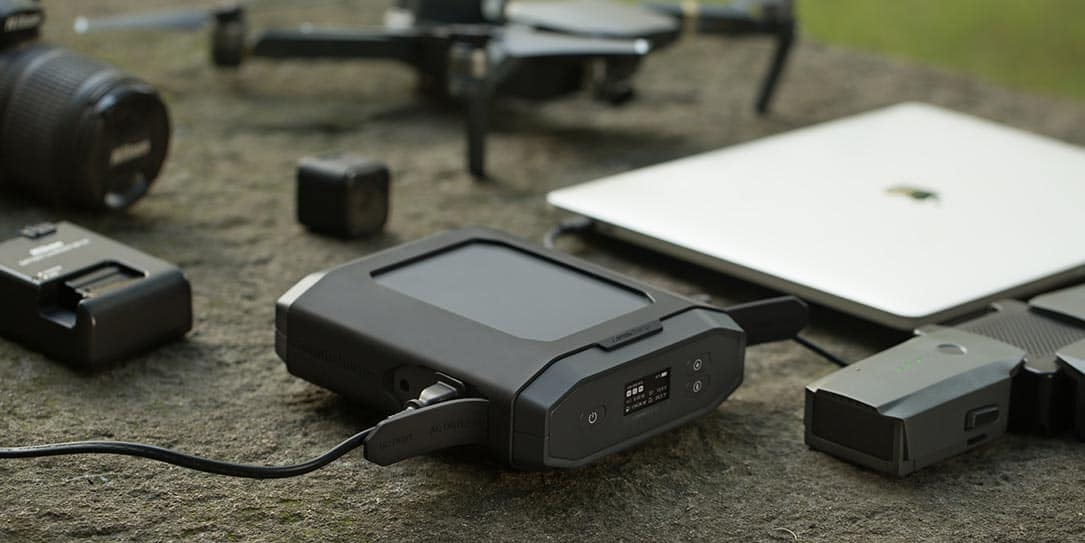 Omnicharge-Omni-Ultimate-portable-power-bank