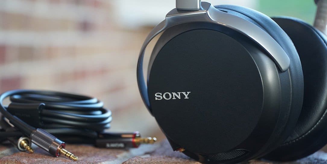Sony MDR-Z7 review: Currently the best wired over-ear headphones I ...