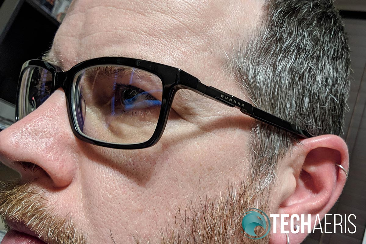 The Haus Onyx blue light blocking computer glasses offer a great fit