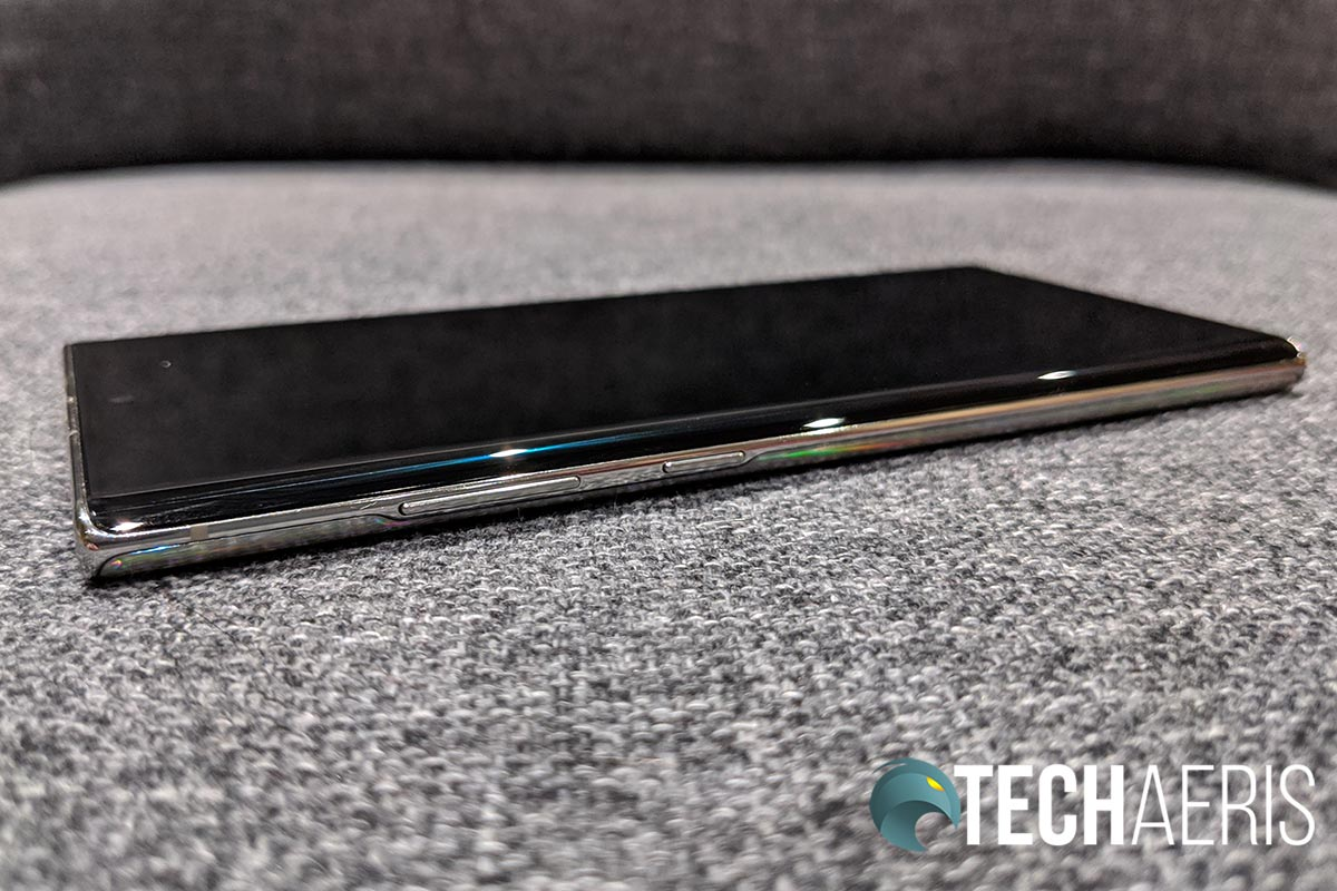 The side buttons on the Samsung Galaxy Note10+ smartphone