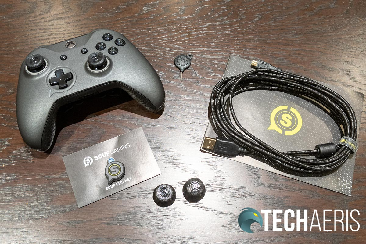 What's included with the SCUF Prestige Xbox One/PC game controller