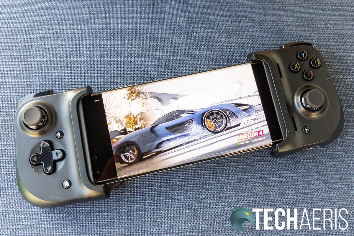 The Razer Kishi Universal Gaming Controller for Android with a Huawei P40 Pro