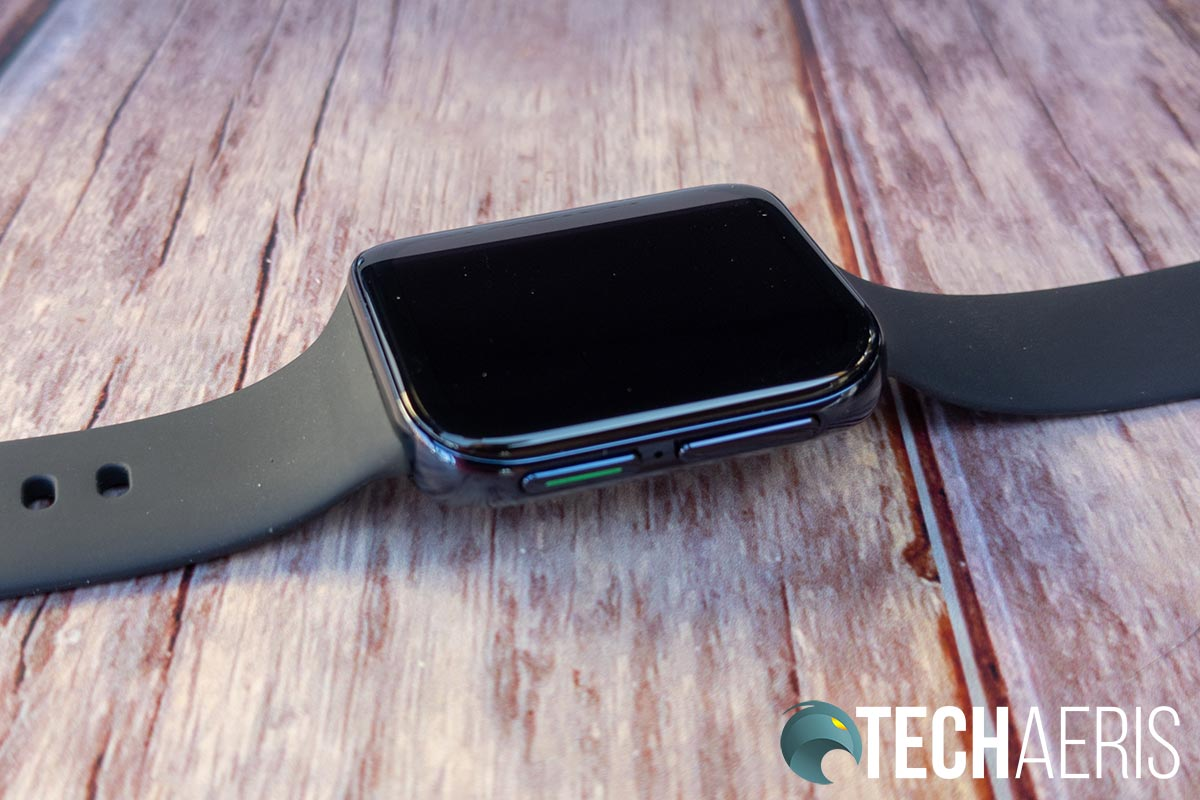 The Home and Multifunction buttons on the right side of the OPPO Watch 46mm (Wi-Fi)