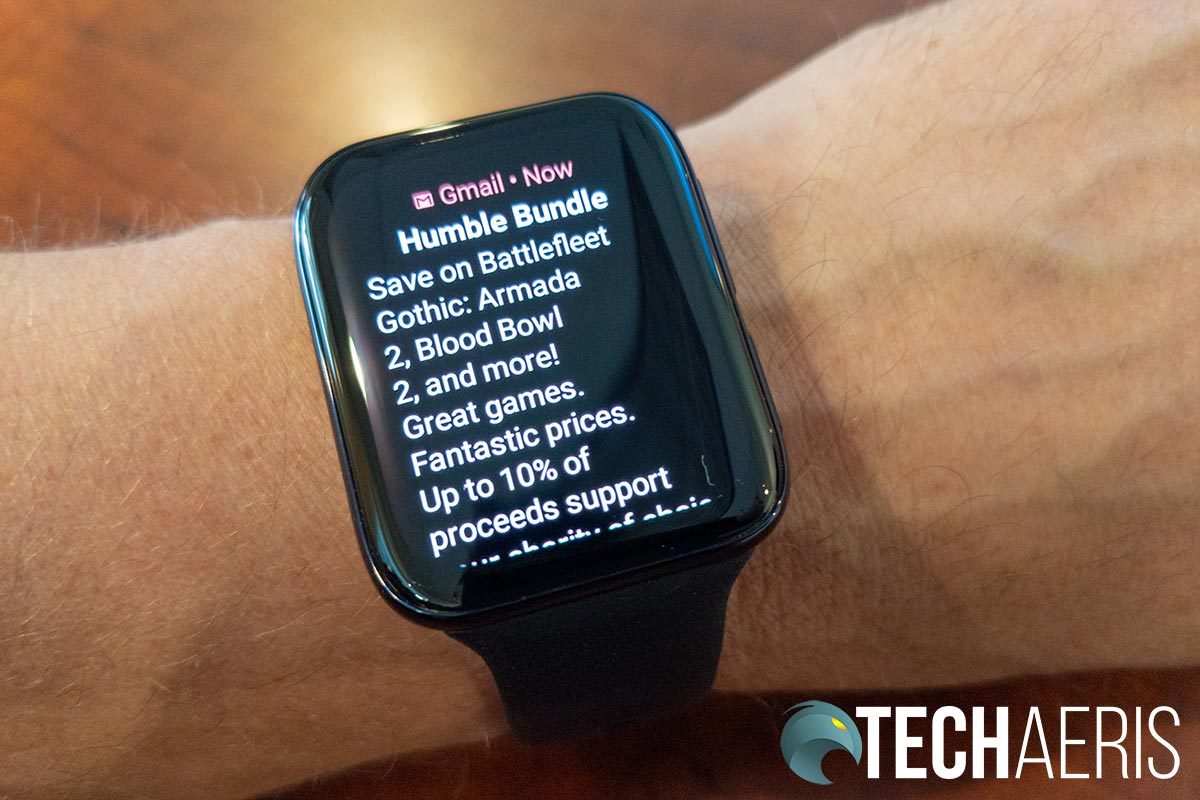 The rectangular shape of the display on the OPPO Watch 46mm (Wi-Fi) makes it easier to read emails and the like