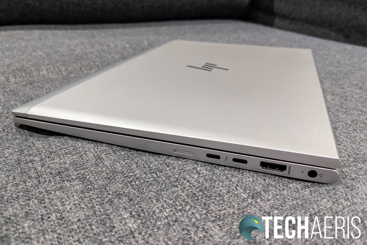 The ports on the right side of the HP EliteBook 840 G7 laptop