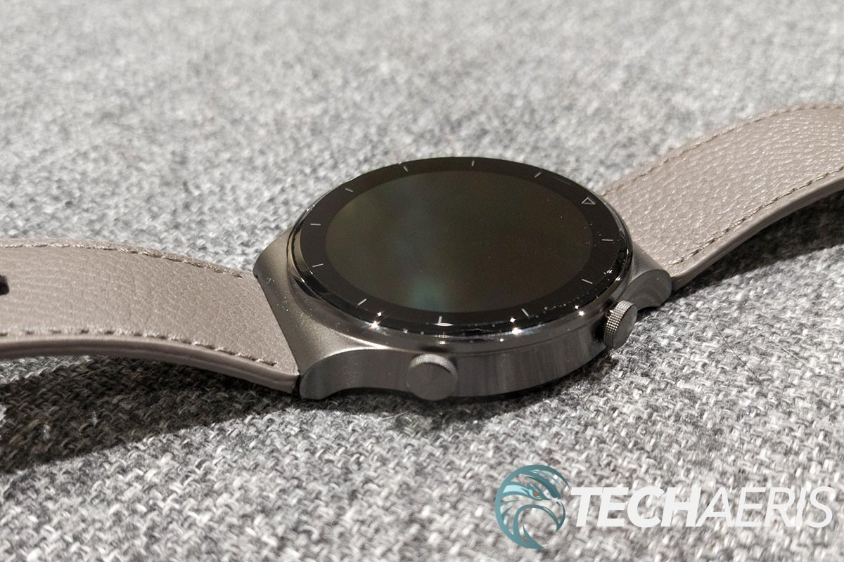 The power and function buttons on the Huawei Watch GT 2 Pro