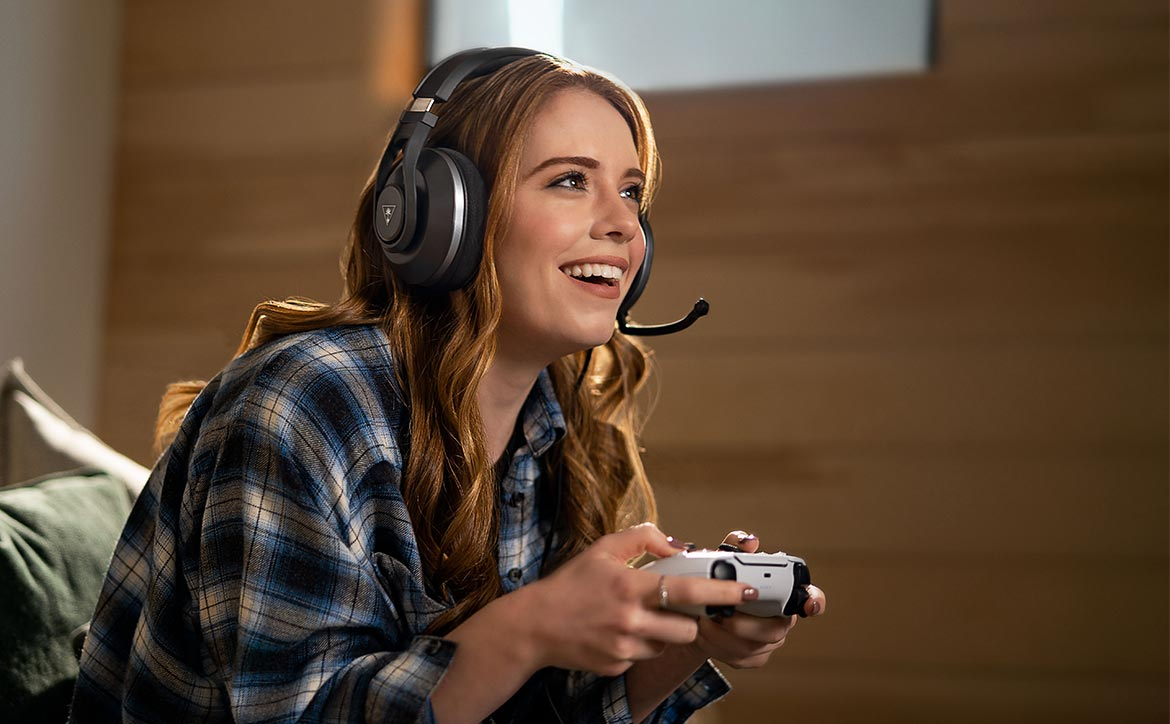 Turtle Beach Recon 500 wired gaming headset female gamer