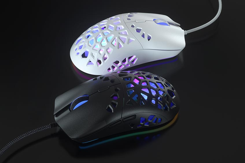 The Marsback Zephyr Pro gaming mouse with built-in cooling fan comes in black or white
