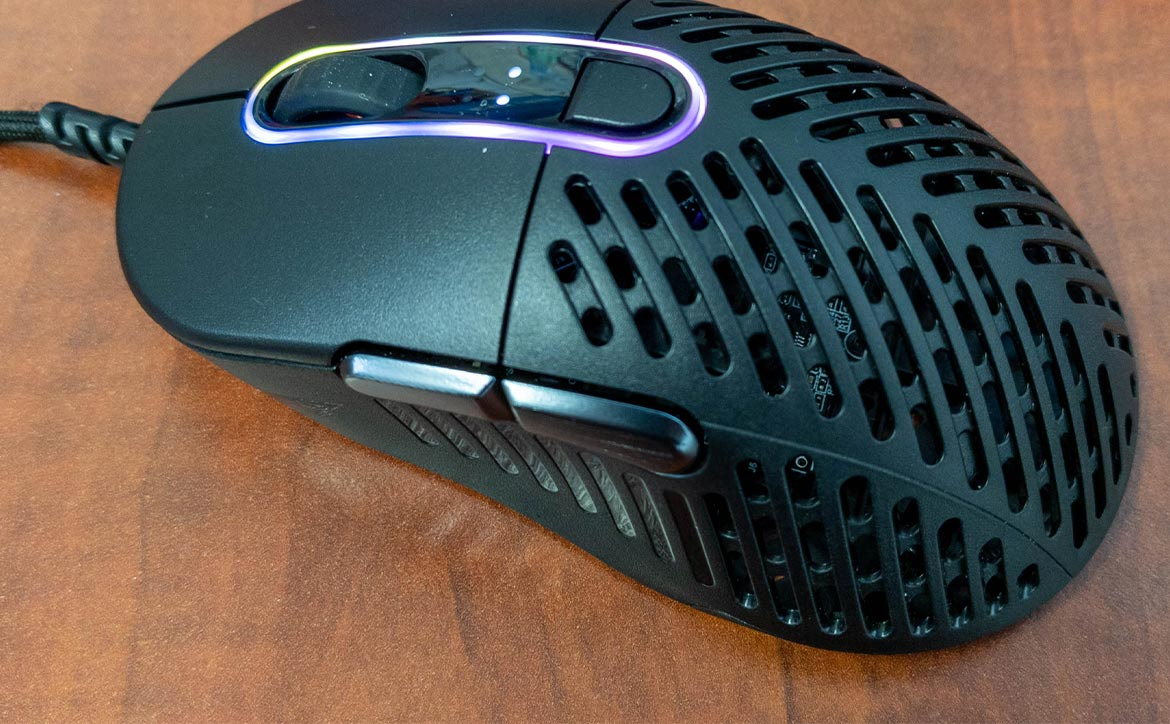 The Mountain Makula 67 lightweight gaming mouse