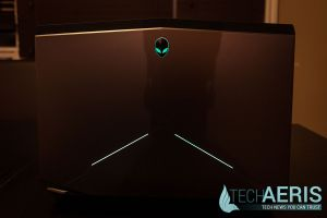 Alienware-17-Review-Back-Lit-Open