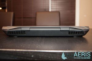 Alienware-17-Review-Back