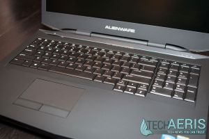 Alienware-17-Review-Keyboard