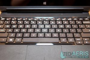 Lenovo-YOGA-Tablet-2-Review-Keyboard-Top