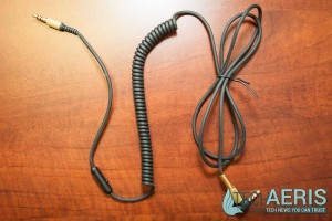 Marshall-Major-II-Headphones-Review-022-Coil-Cord
