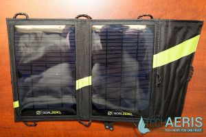 Switch-10-USB-Multi-Tool-Kit-Review-Nomad-7-Solar-Panel