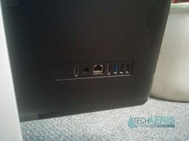 Acer Aspire AZ3-710 Review Back Ports