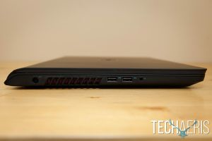 Dell-Inspiron-15-7000-Review-009