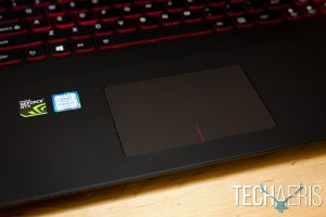 Lenovo-ideapad-Y700-17-Gaming-Laptop-Review-019