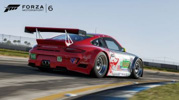 2011-Porsche-#45-Flying-Lizard-911-GT3-RSR